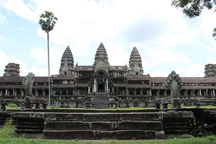 Parte de atrás del edificio central de Angkor Wat (Camboya).