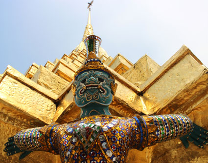 Yak, guerrero  gigante mitológico en Wat Phra Kaew, Bangkok