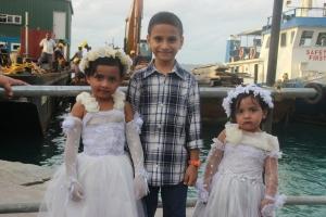 Los más pequeños celebran el final del Ramadán con sus mejores ropas, en Malé (Maldivas).